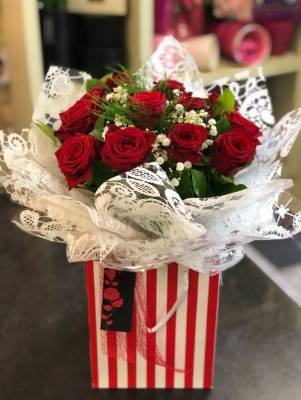 12 Red Rose Aqua Pack Bouquet